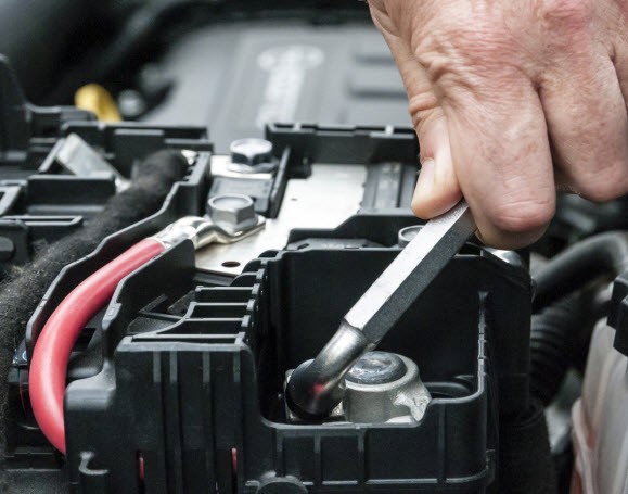 Car and Truck Battery Repair | Albitz Garage Pottstown